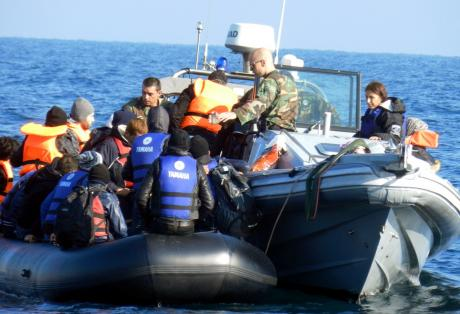 Εξαρθρώθηκε μεγάλο κύκλωμα διακίνησης μεταναστών με «πλοκάμια» στη Δυτική Ελλάδα