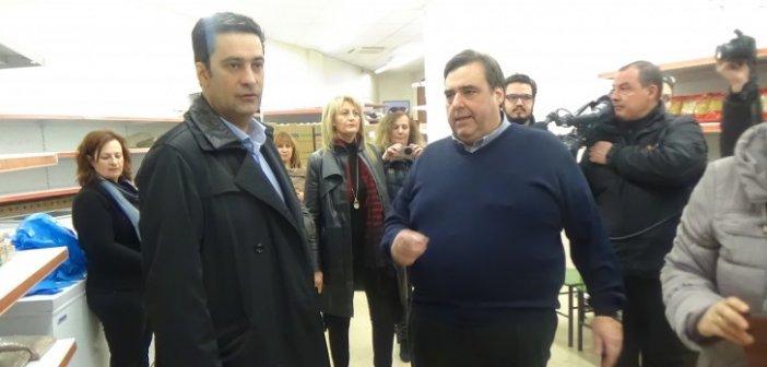 Ο Δήμαρχος Αγρινίου Γιώργος Παπαναστασίου  επισκέφθηκε το Κοινωνικό Παντοπωλείο του Δήμου (ΔΕΙΤΕ ΦΩΤΟ)