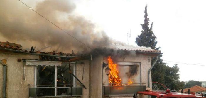 Διαμαντέικα: Σπίτι καταστράφηκε ολοσχερώς από πυρκαγιά