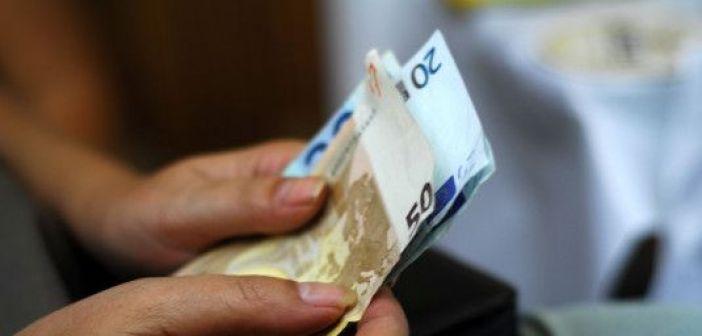 Λήγει τη Δευτέρα η προθεσμία καταβολής της πρώτης δόσης του φόρου εισοδήματος