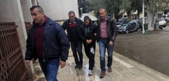ΑΓΡΙΝΙΟ: Προφυλακίστηκε ο 30χρονος παιδόφιλος Δημήτρης Ματζαβίνος (ΔΕΙΤΕ VIDEO)