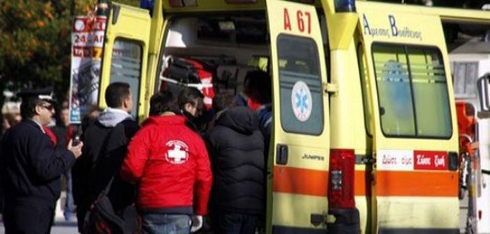 Ναύπακτος: Δύο τροχαία ατυχήματα στο Στενό και Λαγκαδούλα με τραυματισμό