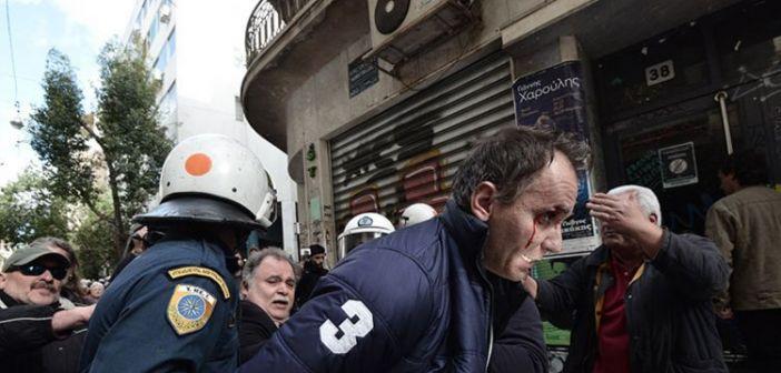 Η ΑΝΤΑΡΣΥΑ καταγγέλλει το νέο όργιο βίας ενάντια στο κίνημα κατά των πλειστηριασμών