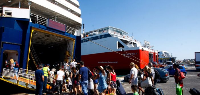 Χαρδαλιάς: Τη Δευτέρα ξεκινούν οι μετακινήσεις στα νησιά
