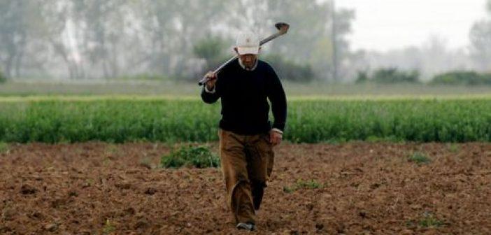 ΟΑΕΔ: Και επίδομα ανεργίας και εργασία στα χωράφια για τους ανέργους