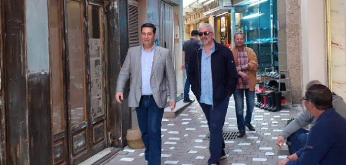 Ο δήμαρχος Αγρινίου με εμπόρους της πόλης (ΔΕΙΤΕ ΦΩΤΟ)