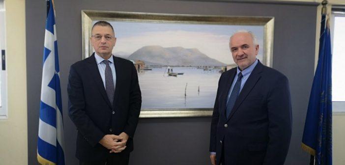 Συνάντηση του Δημάρχου Ιερής Πόλης Μεσολογγίου Κώστα Λύρου με τον Υφυπουργό Εθνικής Άμυνας Αλκιβιάδη Στεφανή