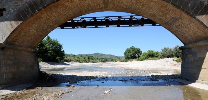 Η άλλη όψη της γέφυρας της Αβώρανης (ΔΕΙΤΕ ΦΩΤΟ)