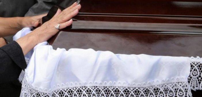 Ρόδος: Παρουσιάστηκε ζωντανός μετά την κηδεία του! Σε κατάσταση σοκ οι συγγενείς του