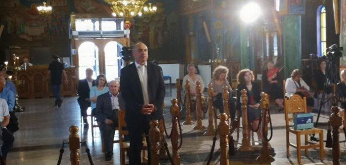 Άγιος Δημήτριος Ναυπάκτου: Θεία λειτουργία με κόσμο αντισηπτικά και αποστάσεις