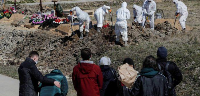 Κορονοϊός: Ξεπέρασε τα 220.000 κρούσματα η Ρωσία – Πάνω από 2.000 οι νεκροί
