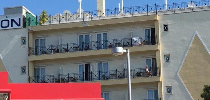 Θετικοί στον κορωνοϊό 3 Σουηδοί από ξενοδοχείο στη Γλυφάδα