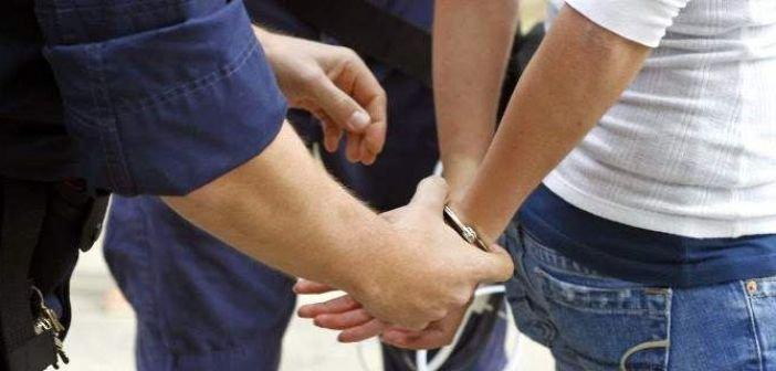 Μεσολόγγι: Σύλληψη για κλοπή και ναρκωτικά
