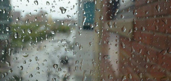 Καιρός: Άστατος καιρός με βροχές και καταιγίδες σήμερα
