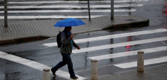 Καιρός αύριο: Ποιο καλοκαίρι; Βροχές και καταιγίδες παντού