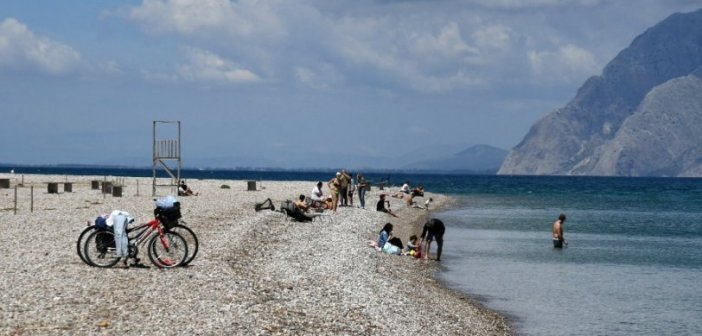 Δυτική Ελλάδα: Επεισοδιακή σύλληψη γυμνιστή σε πλαζ της Πάτρας με επίθεση σε αστυνομικό