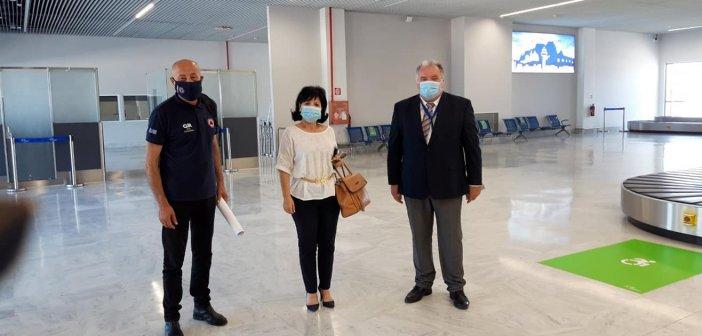Σύσκεψη στο αεροδρόμιο Ακτίου με τον Γ.Γ. Πολιτικής Προστασίας για τα τα μέτρα προστασίας (ΔΕΙΤΕ ΦΩΤΟ)