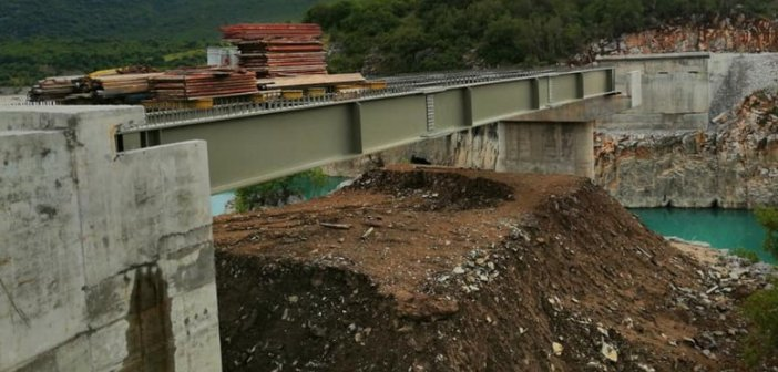 Τέλος του έτους η παράδοση της νέας γέφυρας της Τέμπλας