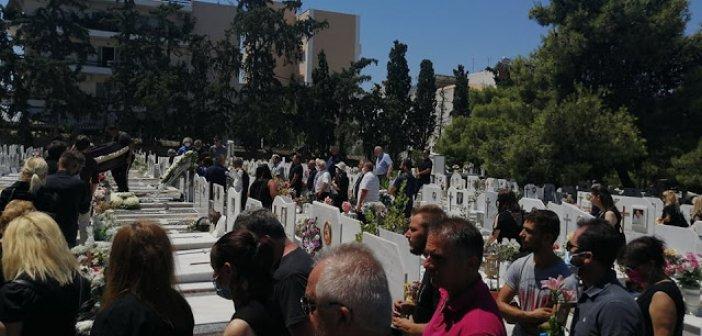 Ξηρόμερο: Είπαν το τελευταίο «αντίο» στην κηδεία του Χρήστου Γαζέτα (ΦΩΤΟ)