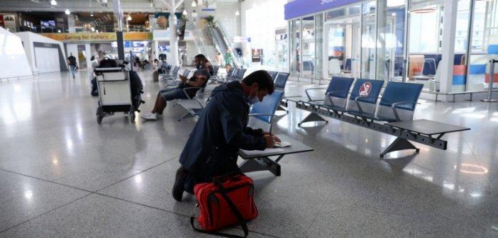 Συναγερμός στη Ρόδο: Πτήση από τη Σουηδία παρά την απαγόρευση – Τι απαντά ο Θεοχάρης