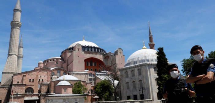 Πούτιν σε Ερντογάν για την Αγιά Σοφιά: Περιμένουμε απόφαση με βάση την UNESCO