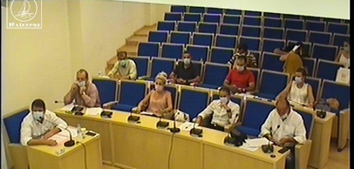 Πρωτόγνωρες εικόνες στο Δημοτικό Συμβούλιο Αμφιλοχίας (ΦΩΤΟ + VIDEO)
