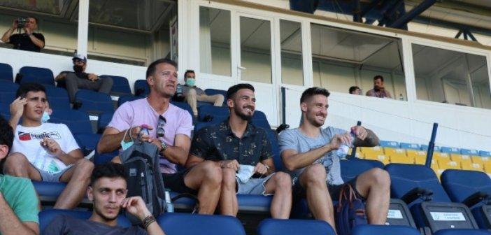 Παναιτωλικός – Αστέρας Τρίπολης: Ο Βιγιαφάνιες στο γήπεδο (ΦΩΤΟ)
