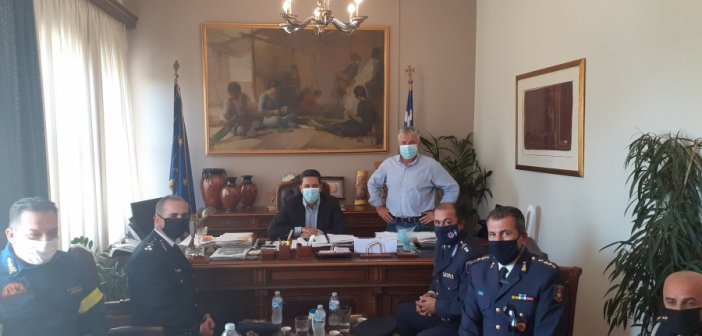 Συνάντηση Γιώργου Παπαναστασίου με την ηγεσία του Πυροσβεστικού Σώματος