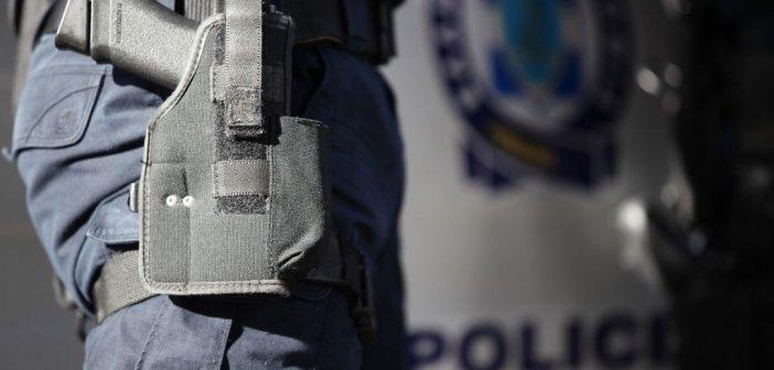 Συνελήφθη αλλοδαπός στην Ιόνια Οδό, για παράνομη μεταφορά μεταναστών