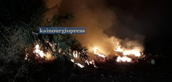 Καινούργιο: Δύο φωτιές ταυτόχρονα τα μεσάνυχτα, κινητοποίησαν την Π.Υ