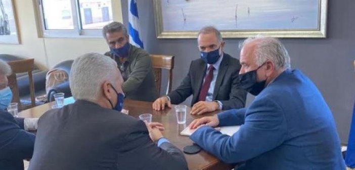 Συνάντηση Μ. Σαλμά – Κ. Λύρου στο δημαρχείο Μεσολογγίου