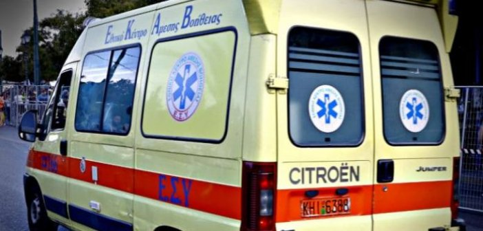 Ναυπακτος: Δίκυκλο παρέσυρε ηλικιωμένο – Σοβαρός ο τραυματισμός