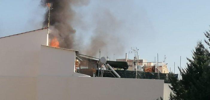 Κινητοποίηση της Πυροσβεστικής για φωτιά σε διαμέρισμα στην Ζωοδόχου Πηγής