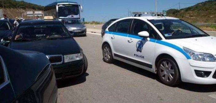 ΤΩΡΑ: Άνδρας απειλεί να πέσει από γέφυρα της Ολυμπίας οδού-Κλειστό το ρεύμα προς Πάτρα
