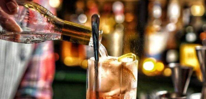 """Λουκέτο και """"καμπάνα"""" 5.000 ευρώ σε καφέ – μπαρ στην Κατούνα"""