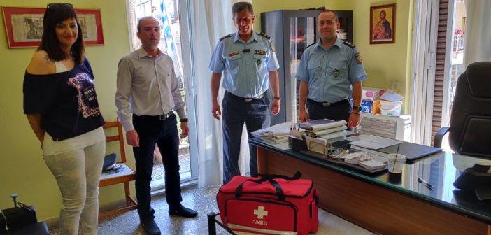 Περιφέρεια Δυτικής Ελλάδας: Παράδοση υγειονομικού υλικού πρώτων βοηθειών στο Αστυνομικό Τμήμα Αιτωλικού και στον Αστυνομικό Σταθμό Γαβαλούς