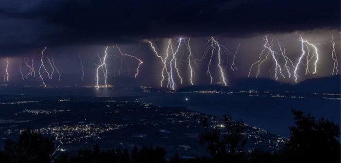 Καιρός: Καταιγίδες και 3.000 κεραυνοί στα ηπειρωτικά σήμερα Τρίτη