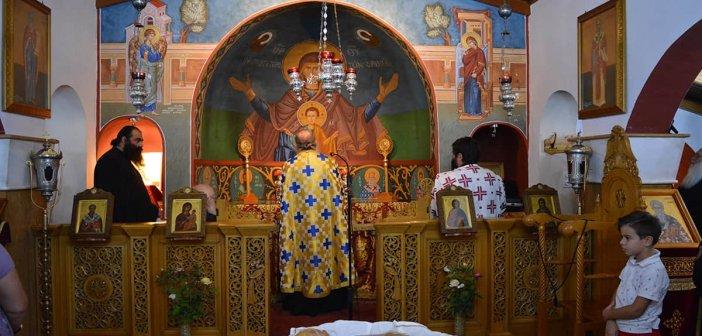 Παναιτώλιο: Ο Πανηγυρικός Εσπερινός στο Ησυχαστήριο Αγίων Κυπριανού και Ιουστίνης(ΦΩΤΟ)