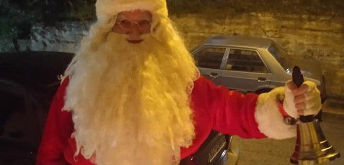 Θρήνος στη Λαμία: Πέθανε ντυμένος Άγιος Βασίλης ο πιο αγαπητός Λαμιώτης