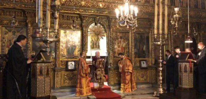 Χωρίς Ιερώνυμο η ορκωμοσία – «Ιερός πόλεμος» για τους κλειστούς ναούς τα Φώτα