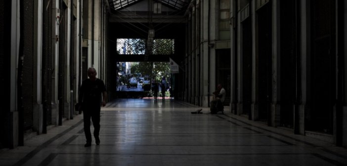 Εκτός αναστολής χιλιάδες εργαζόμενοι – Κινδυνεύουν μισθοί, σε ποιους κλάδους εντοπίζεται το πρόβλημα