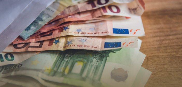 «Δώρο» το 50% σε όλες τις επιστρεπτέες προκαταβολές – Παράταση των μέτρων στήριξης μέχρι τον Μάιο –