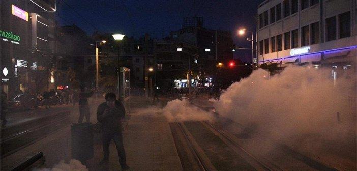 Νέα επεισόδια στη Νέα Σμύρνη μετά την πορεία διαμαρτυρίας