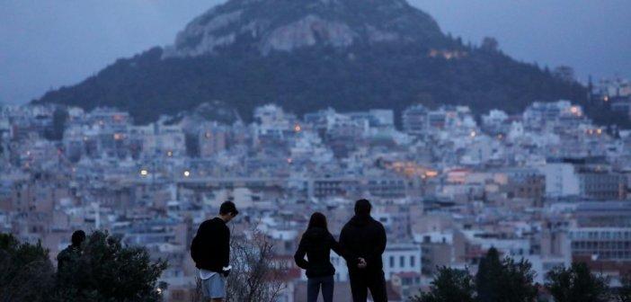 Κορονοϊός: Μπάχαλο με τα sms στο 13033 – Ποιες «τρύπες» παρουσιάζουν τα νέα μέτρα