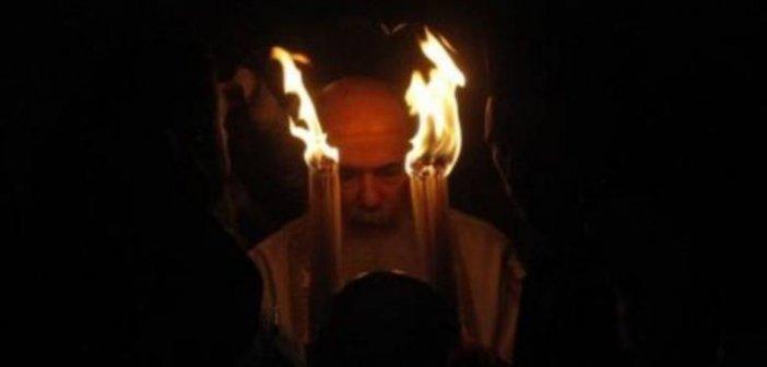 Άγιο Φως: Το Μεγάλο Σάββατο στις 18:30 στην Ελλάδα όχι με τιμές Αρχηγού Κράτους