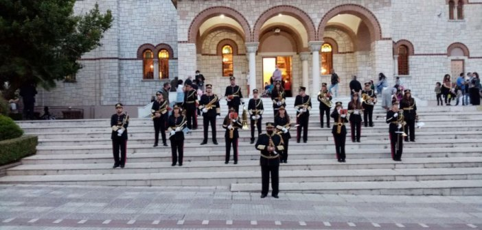 Φιλαρμονική Δήμου Αγρινίου: Συγκίνησε και έκανε το κλίμα ακόμα πιο κατανυκτικό