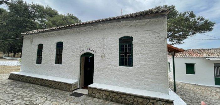 Αμφιλοχία: Εσπερινός από το εξωκλήσι της Αγίας Τριάδας στο Κάστρο της Λιμναίας (video)