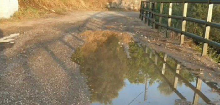 Ναύπακτος: Σε κακή κατάσταση το οδόστρωμα στην κοινότητα Μαμουλάδας (video)