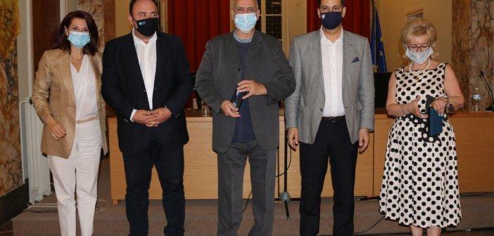Αγρίνιο: Εγκαινιάστηκε η έκθεση με έργα του Αντώνη Ναστούλη