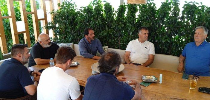 Τα είπε με τους διοικούντες του Παναιτωλικού ο Αναστασίου – Αύριο οι ανακοινώσεις